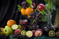Vinho e fruto Imagem de Stock Royalty Free