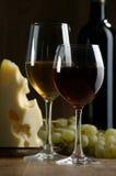 Vinho e queijo Foto de Stock Royalty Free
