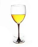 Vinho em uns copos de vinho Imagens de Stock Royalty Free