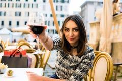 Vinho italiano bebendo fotografia de stock