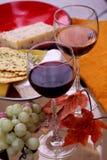 Vinho, queijo, pão fotos de stock