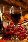 Vinho vermelho e branco. Fotografia de Stock