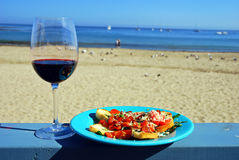Vinho vermelho e Bruschetta Fotografia de Stock