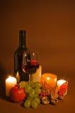 Vinho vermelho e frutas Fotos de Stock Royalty Free