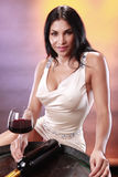 Vinho vermelho em um tambor fotos de stock royalty free
