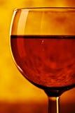 Vinho vermelho no vidro Fotografia de Stock