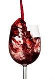 Vinho vermelho no vidro de vinho de cristal Imagem de Stock