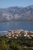 Vinjerac, una pequeña ciudad costera en el mar adriático en Croacia Fotografía de archivo libre de regalías