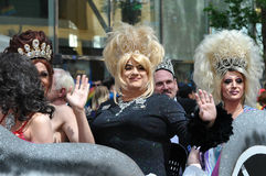 Vinkande transvestit Royaltyfri Fotografi