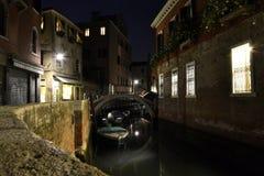 Vinkel i Venedig, Italien arkivbilder