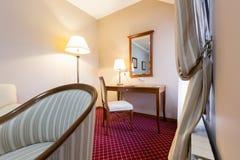 vinkel, som hotellinterioren mycket möjlig lokal sköt show till wide Royaltyfri Foto