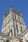 Vinkelrät gotisk stil för Gloucester domkyrkatorn Royaltyfria Bilder