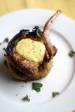 vinkelstekt mitt- grund pannapork för grillfest dof Royaltyfri Bild