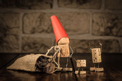 Vinkorkdiagram, begrepp Santa Claus med gåvor Fotografering för Bildbyråer