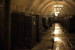 Vinlager i Abrau Durso Novorossiysk Ryssland Fabriksproduktion av vin Abrau Durso Royaltyfria Bilder