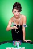 vinnande kvinna för pokertabell Royaltyfri Foto