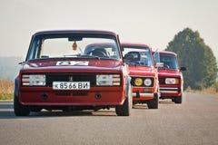Vinnitsa, Украина - 4-ое августа 2012 Старый советский автомобиль VAZ, красное ретро Стоковые Изображения RF