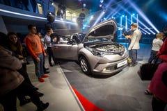 Vinnitsa, de Oekraïne - December 16, 2016 Het Conceptenauto van Toyota c-u Aan Stock Foto's