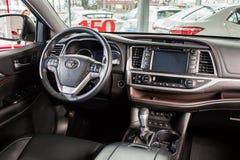 Vinnitsa, de Oekraïne - Januari 10, 2018 Toyota-Hooglanderconcept Stock Fotografie