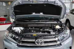 Vinnitsa, de Oekraïne - Januari 10, 2018 Toyota-Hooglanderconcept Stock Foto's