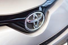 Vinnitsa, Ucrânia - 16 de dezembro de 2016 Carro do conceito de Toyota C-HR Franco Imagem de Stock Royalty Free