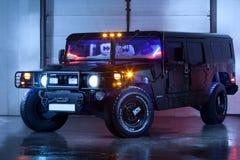 Vinnitsa, Ucrânia - 23 de fevereiro de 2012 Hummer H1, americano preto Fotografia de Stock