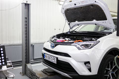 Vinnitsa, Ucrânia - 23 de outubro de 2016 Centro de serviço de Toyota, carro Fotografia de Stock