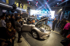 Vinnitsa, Ucrania - 16 de diciembre de 2016 Coche del concepto de Toyota C-HR A Fotos de archivo libres de regalías