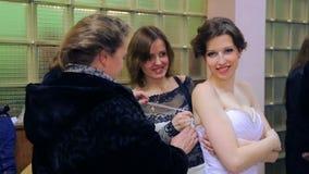 VINNITSA UKRAINA, GRUDZIEŃ, - 12: Turniejowa panna młoda rok zdjęcie wideo