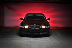 Vinnitsa, Ukraina; Grudzień 5, 2014; BMW 7 serii E38 podziemnego parking obrazy royalty free