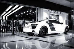 Vinnitsa Ukraina - November 11, 2012 Audi R8 begreppsbil Audi s Royaltyfri Fotografi