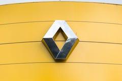 Vinnitsa, Ukraine - 20. April 2018 Firmenzeichen von Renault-dealersh Stockbild