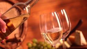 Vino bianco stock footage