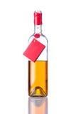 Vino bianco aperto della bottiglia su fondo isolato Fotografie Stock Libere da Diritti