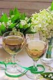 Vino blanco en el vidrio Imagen de archivo