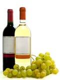 Vino blanco rojo y con la vid Foto de archivo