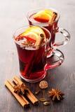 Vino caldo (vin brulé) Immagini Stock
