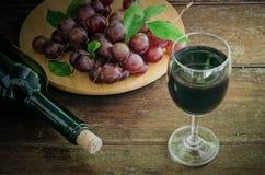Vino de fruta de la uva Imagenes de archivo