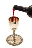 Vino di Shabbats nella tazza Fotografie Stock Libere da Diritti