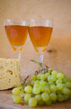 Vino e formaggio Immagini Stock Libere da Diritti
