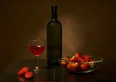 Vino e fragola Fotografia Stock