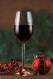 Vino rosso, agrifoglio rosso Fotografia Stock Libera da Diritti