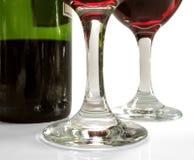 Vino rosso con stemware Fotografie Stock