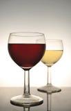 Vino rosso e vino bianco Fotografie Stock Libere da Diritti