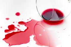 Vino rosso rovesciato Fotografie Stock