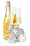 Vino spumante di Champagne e composizione d'argento nel nuovo anno Immagine Stock Libera da Diritti
