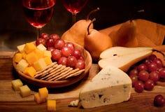 Vino y queso Imagenes de archivo