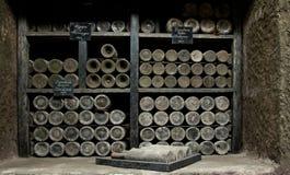 Vins rares dans l'établissement vinicole de Massandra, Yalta, Crimée Images stock
