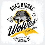 Vintage American furious wolf bikers club tee print vector design isolated on white t-shirt mockup. Mississippi, Jackson street wear t-shirt emblem. Premium royalty free illustration