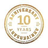 Vintage anniversary 10 year round grunge round stamp. Retro styl. Ed vector illustration royalty free illustration